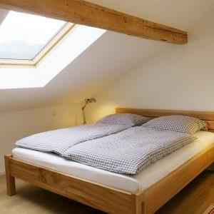 dachgeschoss-schlafzimmer-2 - Mayrhof Ferienwohnungen Mittenwald